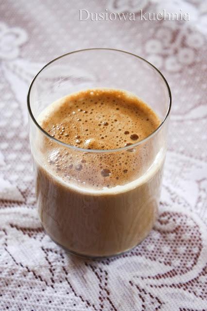 mrożona kawa, frappe, kawa po grecku, kawa mrożona, ice coffee