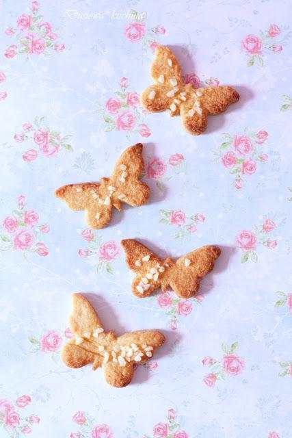kruche ciasteczka, przepis na kruche ciasteczka, jak zrobić kruche ciasteczka, prosty przepis na ciasteczka, ciasteczka