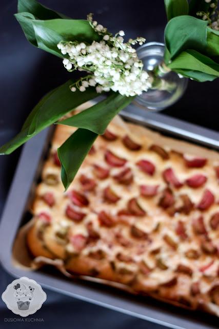 placek z rabarbarem, proste ciasto z rabarbarem, łatwe ciasto z rabarbarem, szybkie ciasto z rabarbarem