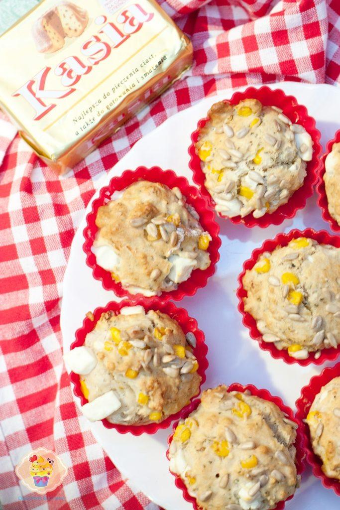 muffinki z fetą, muffinki z fetą i kukurydzą, muffinki na wytrawnie