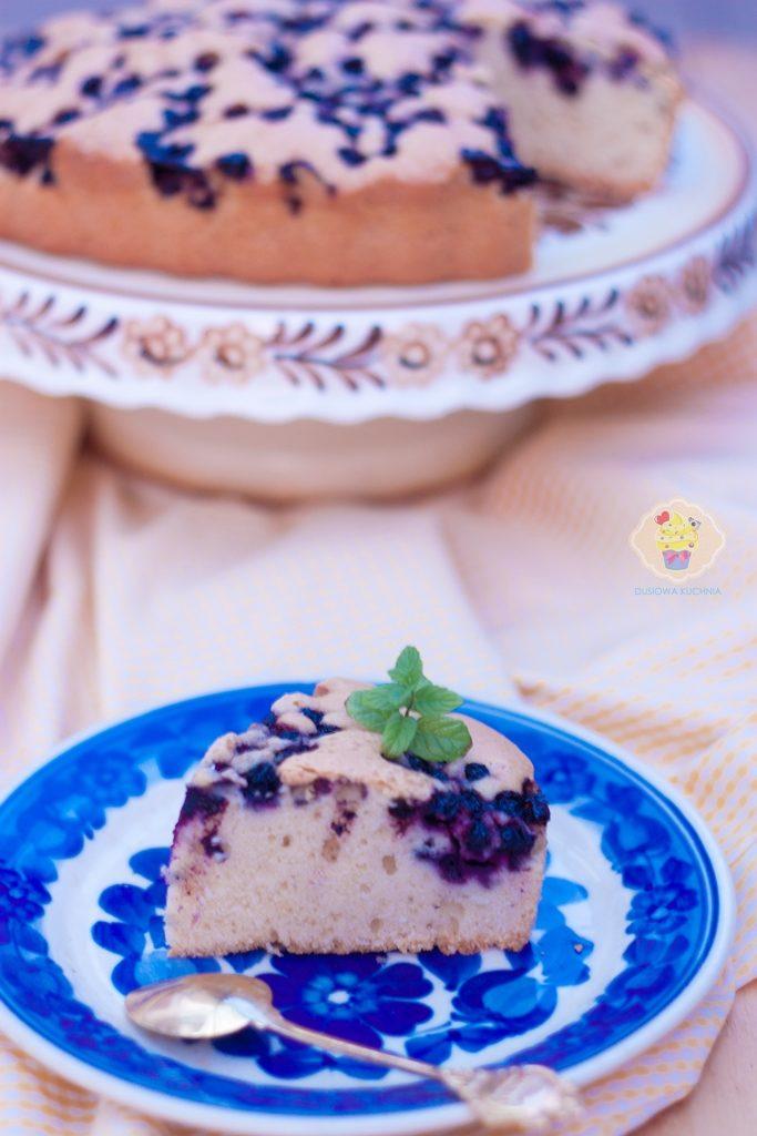 proste ciasto z jagodami, ciasto z jagodami przepis, przepis na ciasto z jagodami, szybkie ciasto z jagodami