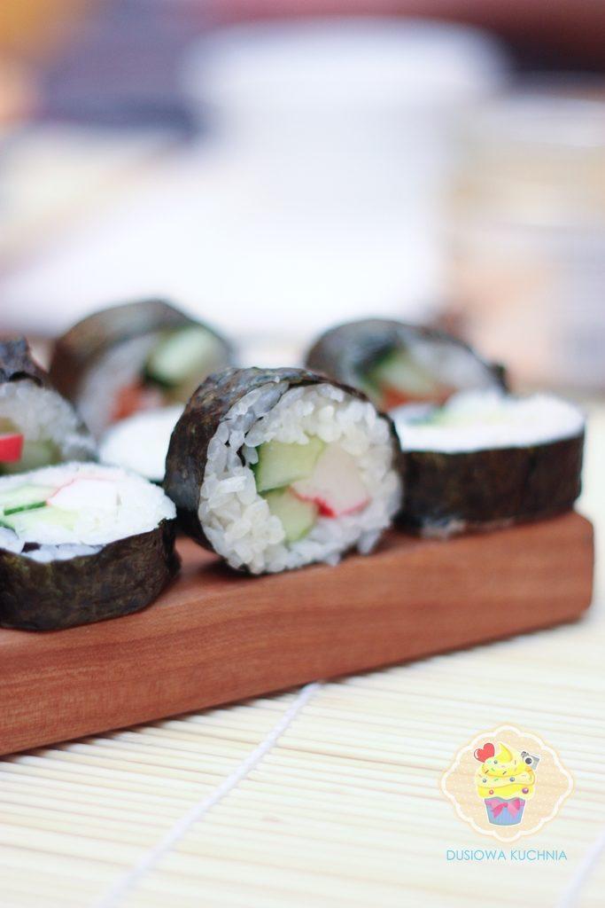 sushi przepis, sushi jak zrobić, przepis na sushi, domowe sushi, sushi w domu