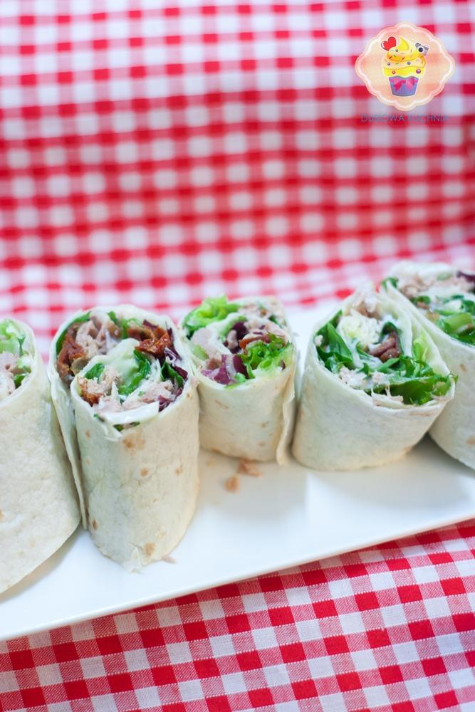 rollo z tuńczykiem, tortilla z tuńczykiem, zawijaski z tortilli
