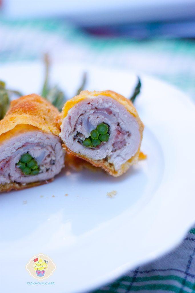 roladki z mięsa ze szparagami