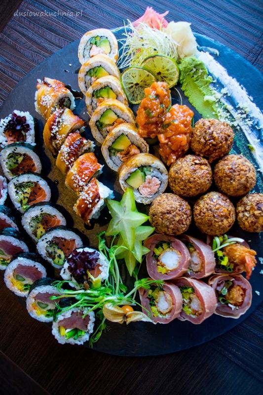 Dobre sushi w Redzie.