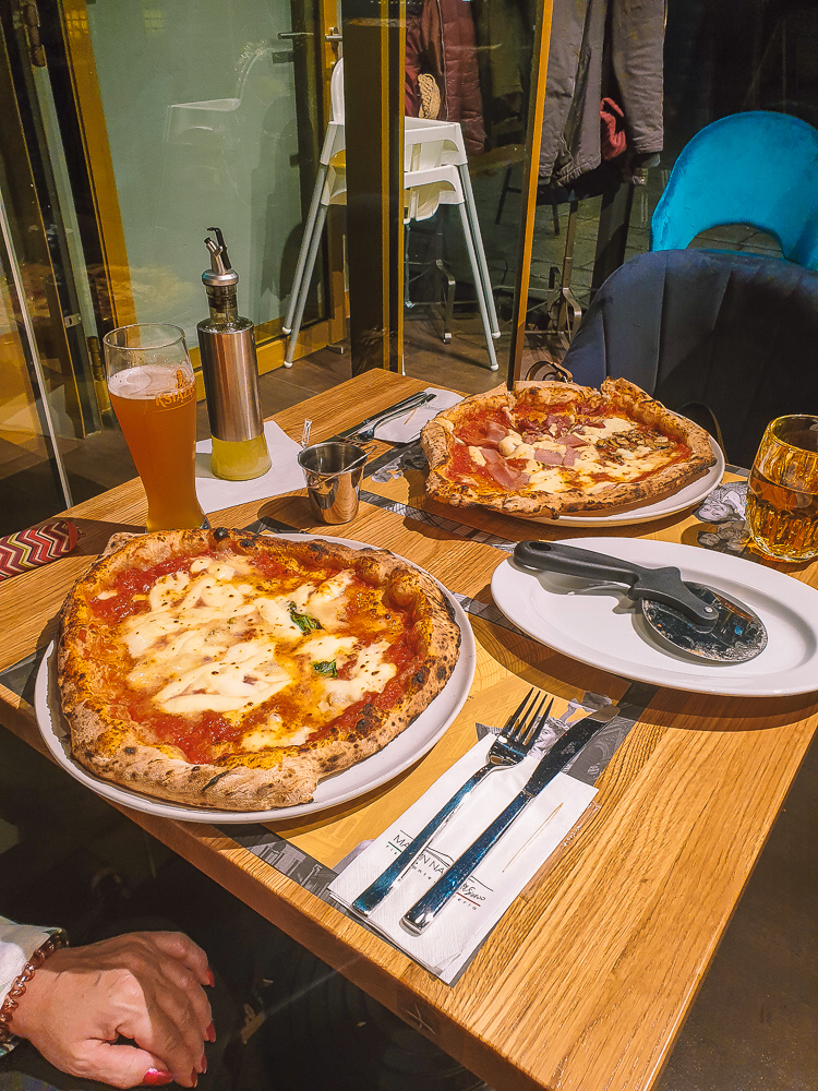 pizza Made in Napoli